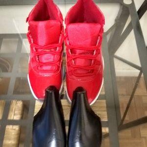 Air Jordan 11 Win Like 96 Men's Size 9.5